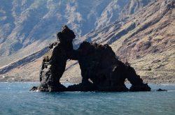 Si vas a El Hierro, no puedes dejar de visitar estas 10 maravillas, entre otras.